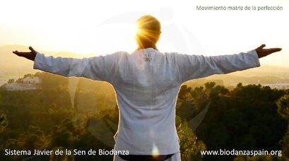 Beneficios-de-la-Biodanza.-Movimiento-matriz-de-la-perfección