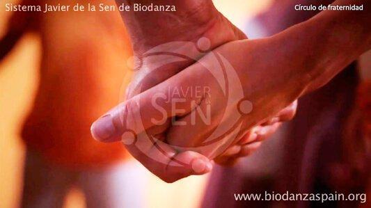 Cursos online. Círculo-de-fraternidad.-biodanza-Javier-de-la-Sen