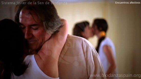 Encuentros-afectivos.-Biodanza-Javier-de-la-Sen
